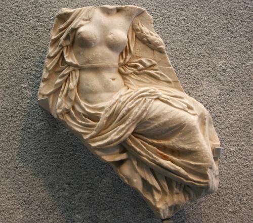 Augusteum y foro romano02